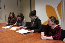 Signatura del conveni per organitzar activitats a la Mina