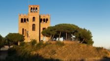 Montcada Camina. Castell de Torre del Baró