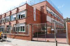 Escola El Turó, al carrer Montiu