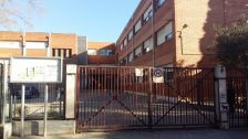 Entrada principal a l'escola El Viver